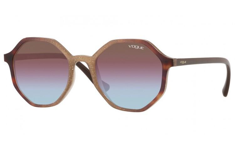 Vogue 5222S en color 2639H7