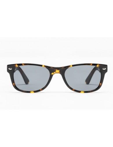 Gafa de sol Flynn - New Wayfarer - Gafa de pasta negro jaspeada con lentes verdes - Frontal