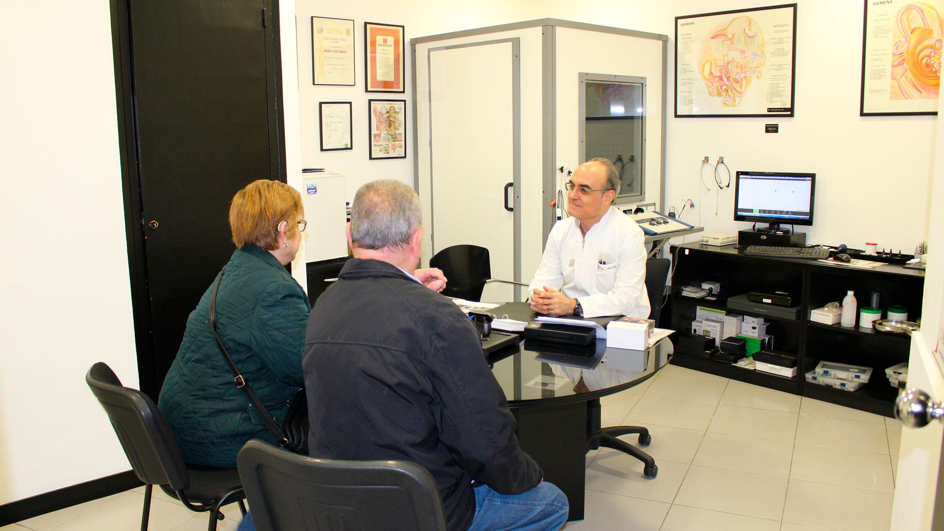 Atención en nuestro centro de Av. Masnou en el Hospitalet de Llobregat